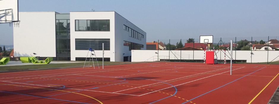 Rakouské gymnázium1